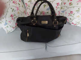 Catwalk black leather bag