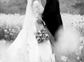 Candid, Non Intrusive Wedding Photography