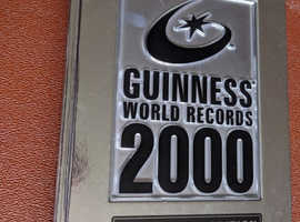 GUINNESS WORLD RECORDS 2000 MILENIUM EDITION VERY GOOD CONDITION