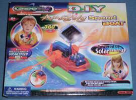 Greenex 'DIY Amazing Speed Boat' Solar Powered Model Kit (new)