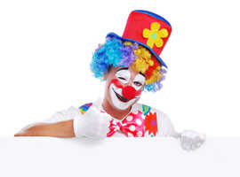 Children's Entertainers/Kids Magicians/Balloon Modellers/Clowns/Superheroes/Pirates