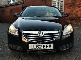 Vauxhall Insignia, 2013 (62) Black Hatchback, Manual Diesel, 97,000 miles