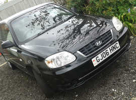 Hyundai Accent, 2006 (06) Black Hatchback, Manual Petrol, 70,000 miles Full mot