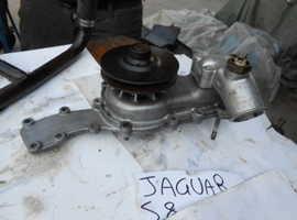 Water pump Jaguar Xjs type 8s