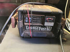 BRADEX Charge Fast 10 Battery Charger 6V / 12V - Spares / Repairs