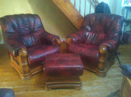 Stunning chairs and foot rest