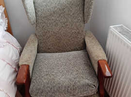 Shackleton type chair