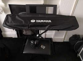Yamaha Piaggero NP-32 Digital piano, like new