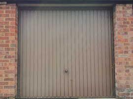 Single garage - Cambridge - Now Available.