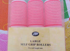 Self grip hair rollers