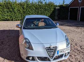 Alfa Romeo Giulietta, 2014 (63) silver Hatchback, Manual Diesel, 52,467 miles