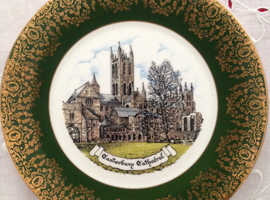 Reli Washbourne Souvenir Collectors Plate - Canterbury Cathedral.
