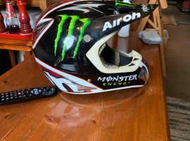 Airoh cross helmet