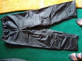 Motorcycle padded over trousers