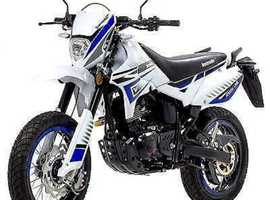 Lexmoto Adrenaline 125cc (Trail) (Enduro) (Supermoto) learner legal ride at 17