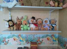 "Winnie the Pooh 6"" Teddies"
