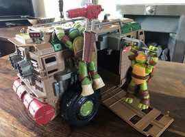 Ninja Turtles + Shell Raiser Vehicle set