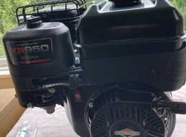 BRIGGS & STRATTON XR950 ENGINE