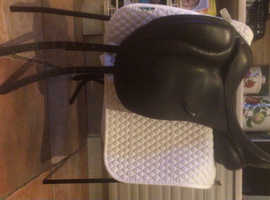 Ex-demo brown Loxley by Bliss of London Monoflap Dressage Saddle