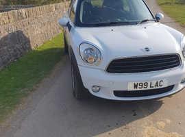Mini MINI COUNTRYMAN, 2013 (63) white hatchback, Manual Diesel, 94,000 miles