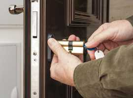 Need Local 24/7 Locksmith in Barnet? Be with You in 30 MINUTES only!
