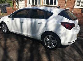Vauxhall Astra, 2012 (62) White Hatchback, Manual Diesel, 81,330 miles
