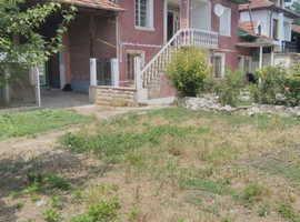 FOR SALE - 3 BEDROOM HOUSE IN POLSKI SENOVETS, BULGARIA