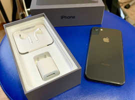 iPhone 8 - with original box