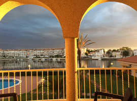 Holiday Let - Bay of Rosas - South of France