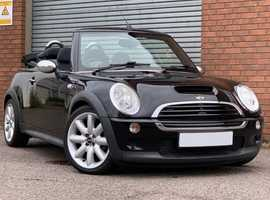 Mini Convertible 1.6 Cooper S, Black with Electric Folding Roof, Just in Time for the Summer Time