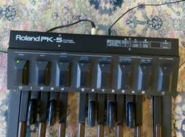 Roland pk-5. Dynamic midi pedal board