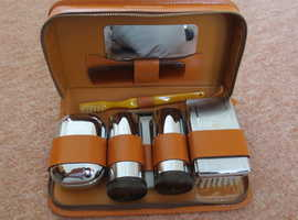 Mens Soft Brown Leather Shaving/Toilet Case Kit
