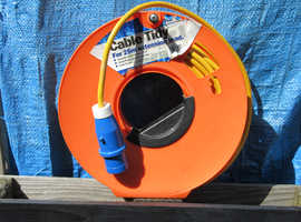 Save £30 - 16 Amp Caravan Mains Lead - 25 Metre  + Cable Tidy reel