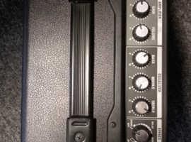 Roland Cube 10GX Amp
