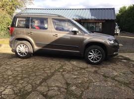 Skoda Yeti, 2015 (15) Brown Hatchback, Manual Diesel, 23,235 miles
