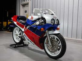 1990 Honda VFR750R RC30