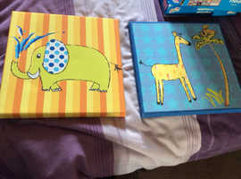 2 animal pictures for a child's bedroom