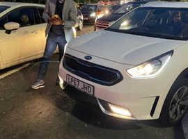 Kia NIRO, 2018 (67) white estate, Semi auto Hybrid, 74171 miles