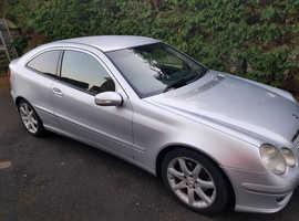 Mercedes C200 CDI SE AUTO, 2004 (54) Silver Coupe, Manual Diesel, 103,000 miles