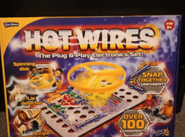John Adams Hot Wires The Plug and Play Electronics Set