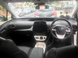 Toyota Prius, 2016 (16) white hatchback, Cvt Hybrid, 70368 miles