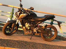 HONDA CB125R 2018 125cc legal naked motorbike motorcycle