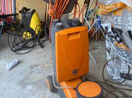 Taski  Ergodisc Industrial Dry Foam Carpet Machine