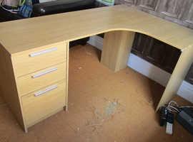 Left hand side l shape desk with drawers