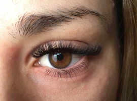 Individual and Russian volume eyelash extension
