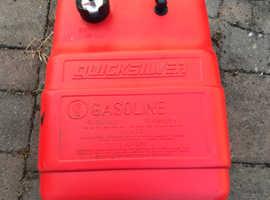 Quicksilver petrol tank