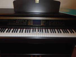 YAMAHA CLAVINOVA CVP 204 ELECTRONIC PIANO / KEYBOARD - EXCELLENT CONDITION!