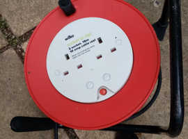 TWO SOCKET CABLE REEL