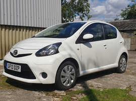 Toyota Aygo, 2013 (13) White Hatchback, Manual Petrol, 36,600 miles