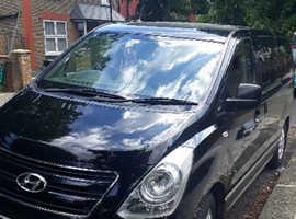 Hyundai i800, 2015 (64) Black MPV, Automatic Diesel, 165 miles